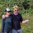 Exclusif - Lisa Rinna et son mari Harry Hamlin se promènent dans les rues de Beverly Hills. Le 14 octobre 2018