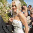 Rita Ora à l'issue de l'inauguration de la plage Magnum Cannes en marge du 72e Festival de Cannes. Cannes, le 16 mai 2019.