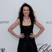 Andie MacDowell : Icône renversante pour l'amfAR, avec les jeunes top models