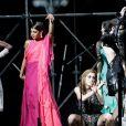 Léomie Anderson, Danielle Herrington participent à la vente aux enchères de la soirée AmfAR Gala Cannes 2019 à l'Eden Roc au Cap d'Antibes lors du 72ème Festival International du Film de Cannes, le 23 mai 2019. © Jacovides / Moreau / Bestimage