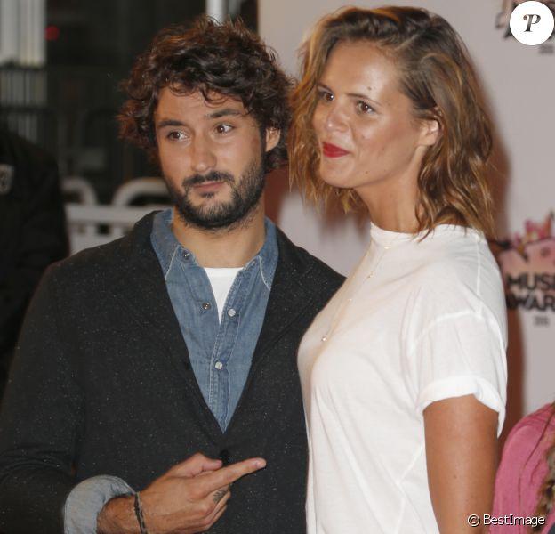 Laure Manaudou et son compagnon Jérémy Frérot - Arrivées à la 17ème cérémonie des NRJ Music Awards 2015 au Palais des Festivals à Cannes, le 7 novembre 2015. © Christophe Aubert via Bestimage