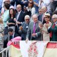 Le roi Juan Carlos Ier et l'Infante Elena d'Espagne à la corrida aux arènes de Las Ventas, dans le cadre de la feria de San Isidro, à Madrid le 22 mai 2019.