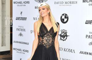 Paris Hilton : Sublime à un bal masqué, avant de commencer son rallye