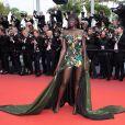 """Duckie Thot à la montée des marches du film """"Once upon a time... in Hollywood"""" lors du 72ème Festival International du Film de Cannes. Le 21 mai 2019 © Borde / Bestimage"""