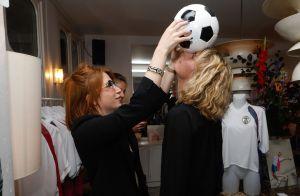 Sara Mortensen (Plus belle la vie) et Zoé Marchal pour le Football au féminin