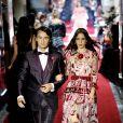 Brandon Thomas Lee (fils de Pamela Anderson) et Coco Konig lors du défilé printemps / été 2018 Secret Show de Dolce & Gabbana à Milan le 23 septembre 2017.