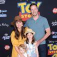 """Tiffani Thiessen, son mari Brady Smith et leurs enfants Holt et Harper à la première du film d'animation Disney et Pixar """"Toy Story 4"""" au théâtre El Capitan à Los Angeles, Californie, Etats-Unis, le 11 juin 2019."""
