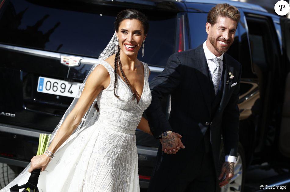 Le footballeur Sergio Ramos et l\u0027actrice Pilar Rubio célèbrent leur union à  Seville en