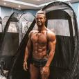 """Anthony de """"Koh-Lanta"""", en slip, dévoile ses muscles sur Instagram, le 2 mai 2019"""