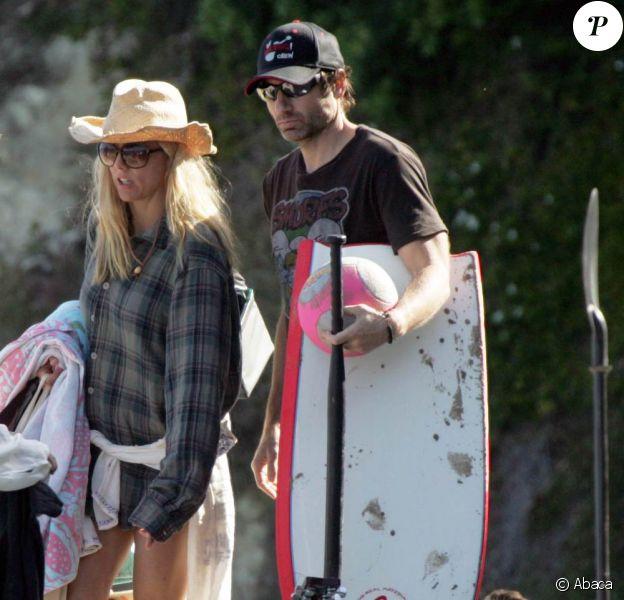 David Duchovny a passé la fête des pères sur une plage de Malibu avec sa femme Tea Leoni