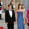 Nicolas Sarkozy et Carlita à l'Elysée pour le dîner d'Etat du 22 juin.