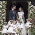 Pippa Middleton, son mari James Matthews, le prince George de Cambridge et la princesse Charlotte de Cambridge - Mariage de P. Middleton et J. Matthew, en l'église St Mark Englefield, Berkshire, Royaume Uni, le 20 mai 2017.
