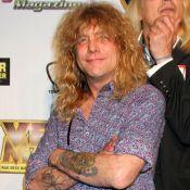 Steven Adler : L'ex-batteur des Guns N' Roses s'est autopoignardé !