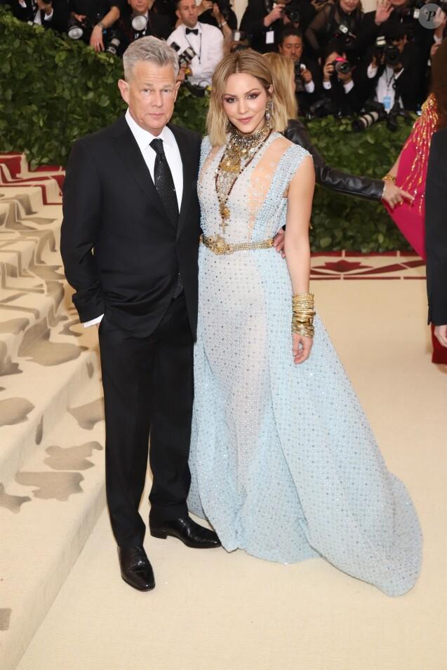 David Foster et sa compagne Katherine McPhee - Les célébrités arrivent à l'ouverture de l'exposition Heavenly Bodies: Fashion and the Catholic Imagination à New York, le 7 mai 2018.