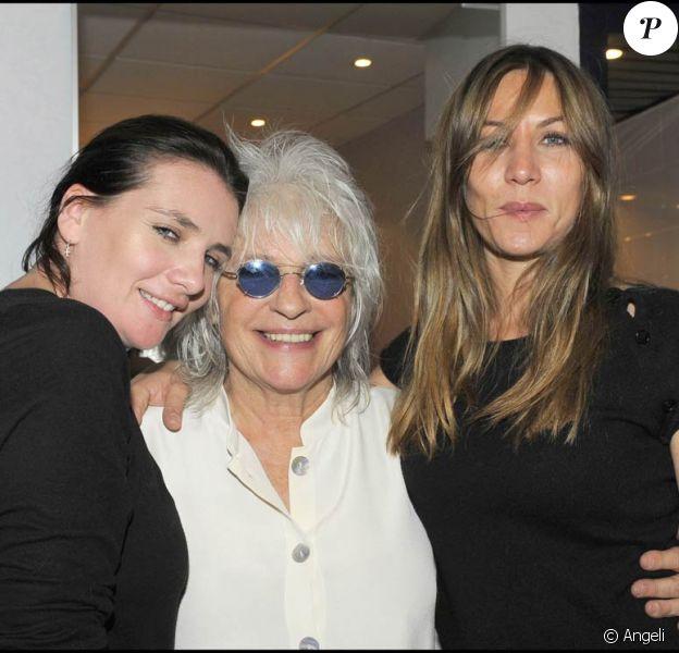 Représentation du spectacle Au delà des murs de Catherine Lara, le 23 juin 2009 : avec Marie-Amélie et Mathilde Seigner