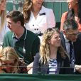Kate Middleton, duchesse de Cambridge, entourée de ses amies tenniswomen Katie Boulter et Anne Keothavong à Wimbledon le 2 juillet 2019 à Londres.
