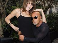 Carla Bruni : Radieuse après la Fashion Week, avec un Louis Sarkozy amoureux