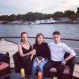 Vanessa Demouy en sortie avec son fils et l'amoureuse de celui-ci, à Paris, le 10 juillet 2019