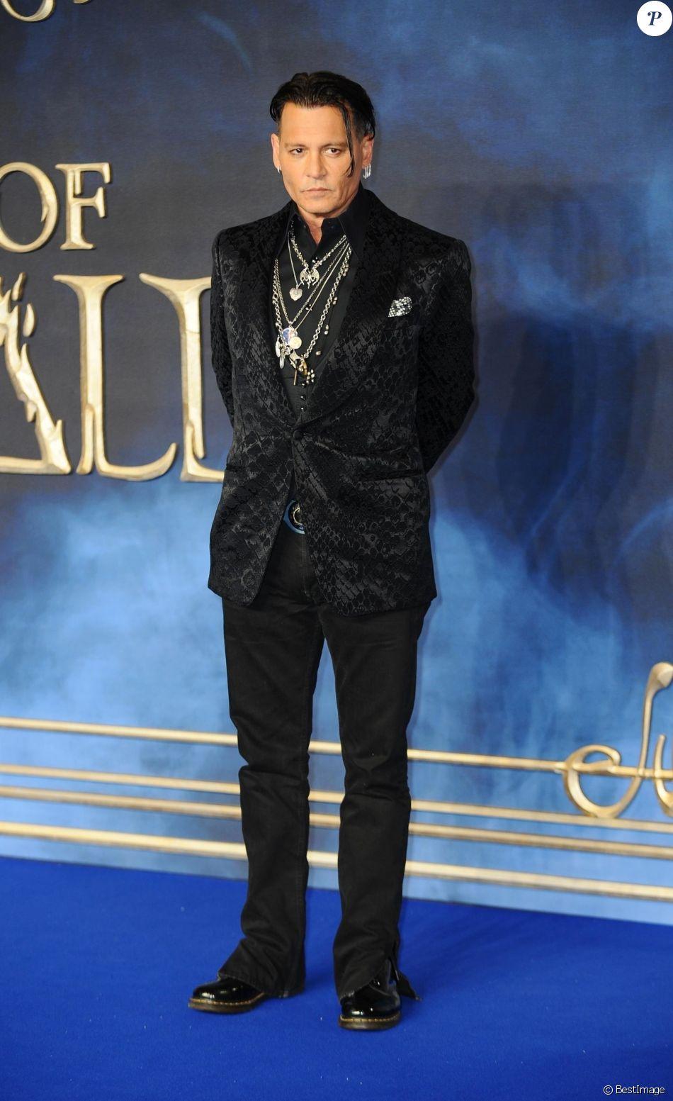 """Johnny Depp - Avant-Première du film """"Les Animaux fantastiques : Les Crimes de Grindelwald"""" au cinéma Cineworld Leicester Square à Londres, Royaume Uni, le 13 novembre 2018."""