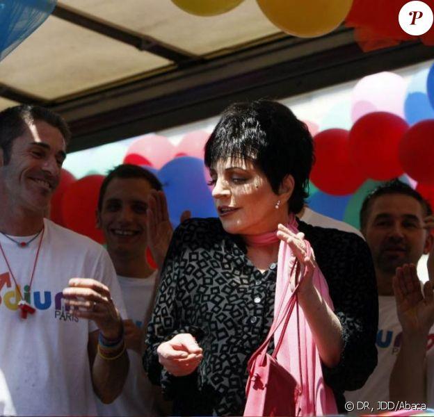 Liza Minnelli participe à la Gay Pride 2009