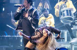 Beyoncé se filme sur une balance :