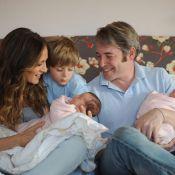 Sarah Jessica Parker et son mari sont fous de leurs adorables jumelles ! Regardez leur bonheur ! (Réactualisé)
