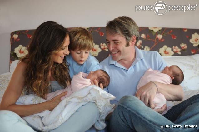 Sarah Jessica Parker et son mari Matthew Broderick accueillent Tabitha et Marion, sous les yeux de leur premier fils James.