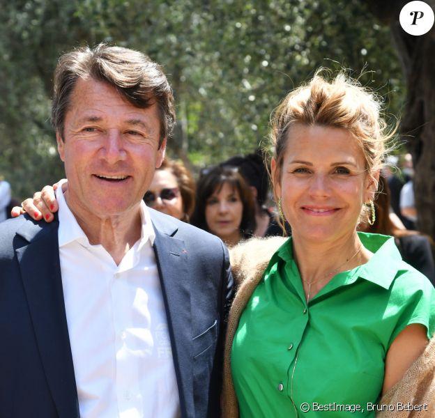 Exclusif - Christian Estrosi, le maire de Nice, et sa femme Laura Tenoudji - Christian Estrosi, le maire de Nice, et sa femme Laura Tenoudji ont fêté en famille le 1er mai dans les jardins de Cimiez pour la Fête des Mai à Nice, le 1er mai 2019. le maire a officiellement ouvert la Fête des Mai.