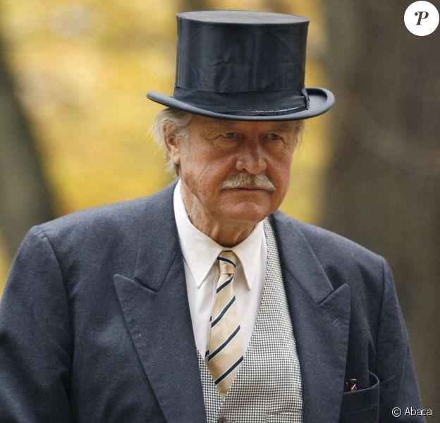 Le prince Ferdinand von Bismarck (ici en octobre 2008 lors du baptême de sa petite-fille Grace), chef de la maison von Bismarck, est mort le 23 juillet 2019 dans un hôpital proche de Hambourg à l'âge de 88 ans.