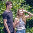Exclusif - Hero Fiennes-Tiffin et Josephine Langford sur le tournage du film 'After' à Atlanta en Georgie. Basé sur la saga littéraire d'Anna Todd, le film relate la vie de Tessa, étudiante de 18 ans qui va tomber sous le charme du bad-boy Hardin. Le 7 aout 2018.