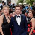 "Elodie Fontan et son compagnon Philippe Lacheau - Montée des marches du film ""Once upon a time... in Hollywood"" lors du 72ème Festival International du Film de Cannes. Le 21 mai 2019 © Jacovides-Moreau / Bestimage"