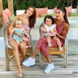 Jade avec sa fille au côté de Wafa et Jenna, à Ibiza, en Espagne, le 16 juin 2019