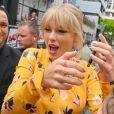 Taylor Swift arrive à NRJ rue Boileau à Paris pour enregistrer l'émission de Cauet qui passera en début de semaine le 25 Mai 2019.