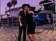 Cassie : La chanteuse, enceinte, s'est fiancée à Alex Fine