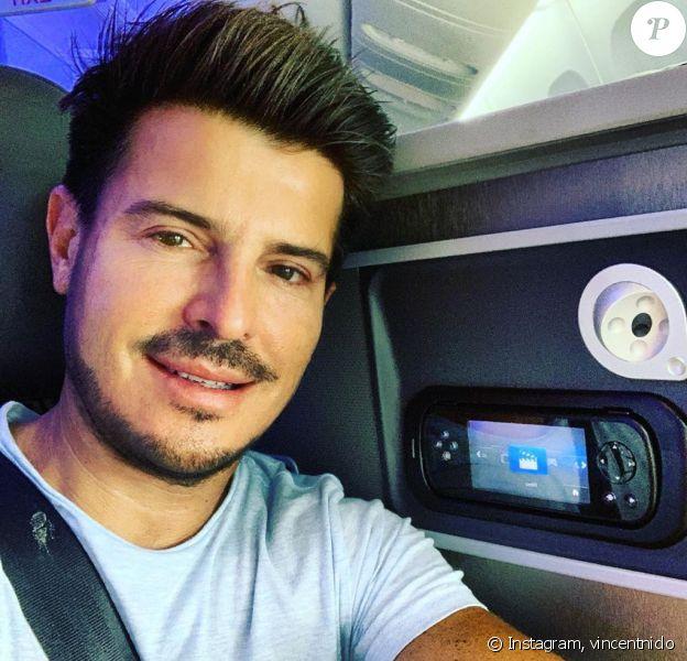 Vincent Niclo pose dans son avion à Paris, en provenance de Miami, le 1er septembre 2019.
