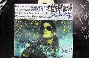 Aux quatre coins du monde... des millions de fans ont rendu un ultime hommage à Michael Jackson !
