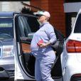 Exclusif - Amber Rose enceinte et son compagnon A.Edwards se rendent au restaurant Norms à Los Angeles, le 11 septembre 2019. Elle porte un look décontracté, sweat-shirt gris et baskets blanches.