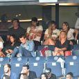 Edinson Cavani, sa compagne Jocelyn Burgardt et sa fille India dans les tribunes lors du match de championnat de Ligue 1 Conforama opposant le Paris Saint-Germain au Racing Club de Strasbourg Alsace au Parc des princes à Paris, France, le 14 septembre 2019. Le PSG a gagné 1-0. © Giancarlo Gorassini/Bestimage