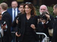 Carla Bruni : Chic en noir pour Burberry, devant Bella Hadid et Kendall Jenner