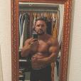 Cyril André, alias Mister Boo dans Fort-Boyard, pose devant son miroir, sur Instagram, le 21 août 2019.