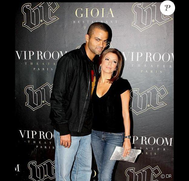 Eva Longoria et Tony Parker en plein moment glamour hier soir au VIP Room à Paris