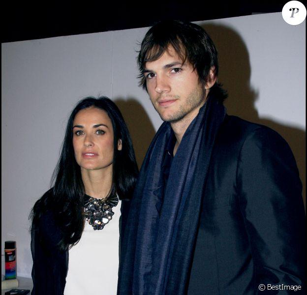 Demi Moore et Ashton Kutcher à Paris en 2007
