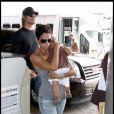 Halle Berry, son chéri Gabriel AUbry et leur petitre fille Nahla à l'aéroport de Miami