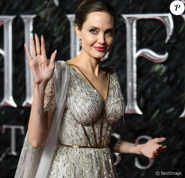 """Angelina Jolie - Première du film """"Maléfique : Le Pouvoir du mal"""" à l'Imax Odeon de Londres le 9 octobre 2019. 09/10/2019 - Londres"""