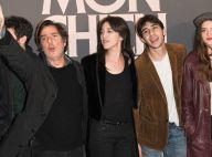 Charlotte Gainsbourg, Yvan Attal et leur fils Ben : joyeuse première à Paris