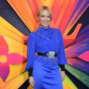 Kylie Minogue : Sublime en bleu royal à Londres, avec Isabelle Huppert