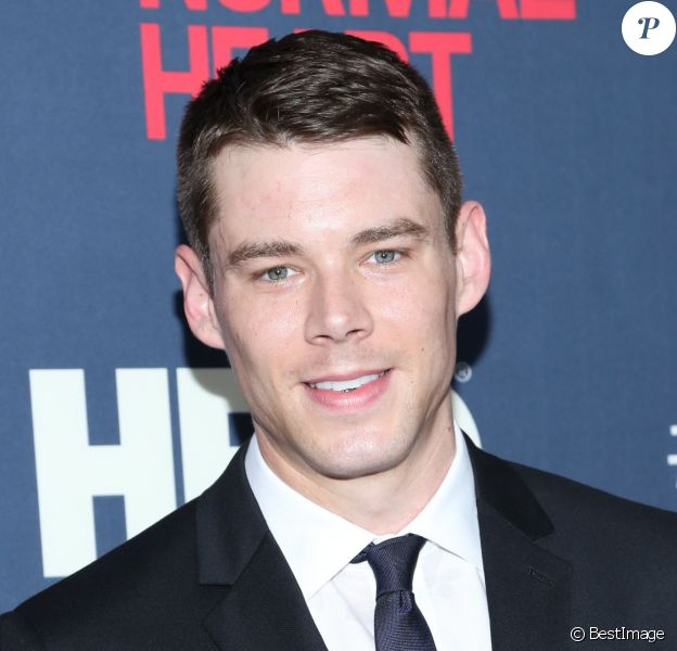 "Brian J. Smith lors de la première du film ""The Normal Heart"" à New York, le 12 mai 2014.  Celebrities at the New York premiere 'The Normal Heart' at the Ziegfield Theater in New York City, New York on May 12, 2014.12/05/2014 - New York"