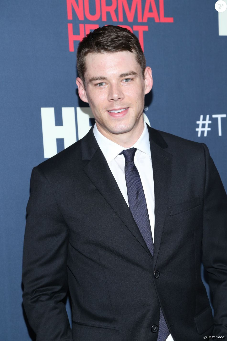 """Brian J. Smith lors de la première du film """"The Normal Heart"""" à New York, le 12 mai 2014.  Celebrities at the New York premiere 'The Normal Heart' at the Ziegfield Theater in New York City, New York on May 12, 2014.12/05/2014 - New York"""