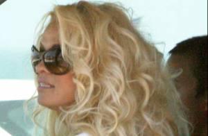 Pamela Anderson, nostalgique d'Alerte à Malibu et de son maillot rouge...