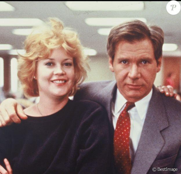 """Melanie Griffith, Harrison Ford et Sigourney Weaver sur le tournage de """"Working Girl"""" en 1989"""